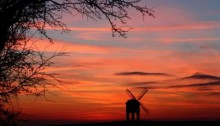 chesterton_windmill_-_red_sky_at_night_warwickshire_delight